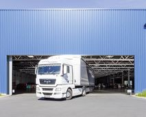 XXL-Rolltore in Truckport Elvis AG