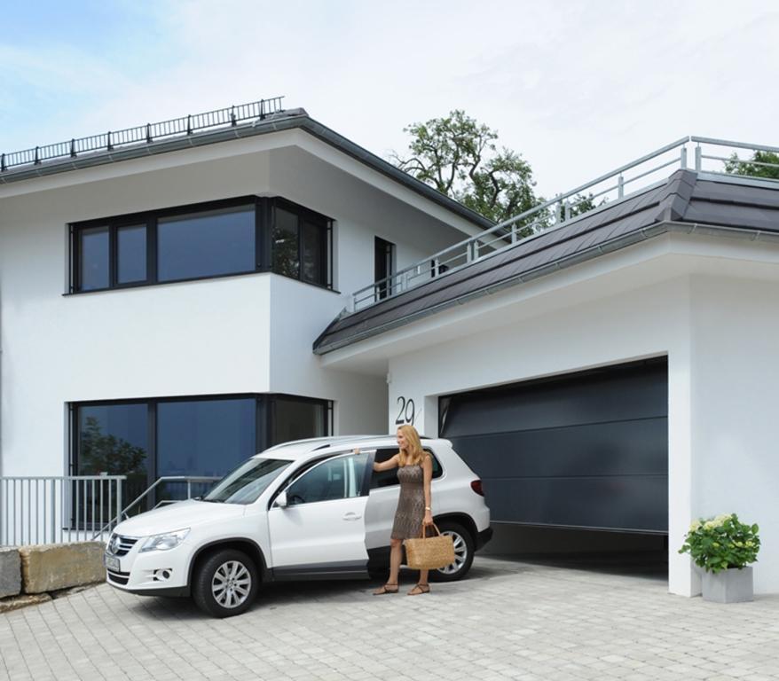 garagentor hochwertig individuell made in germany teckentrup. Black Bedroom Furniture Sets. Home Design Ideas