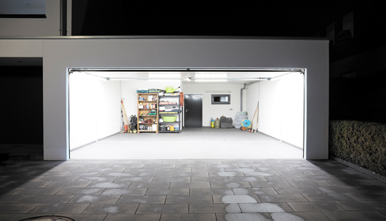 Garage mit LED